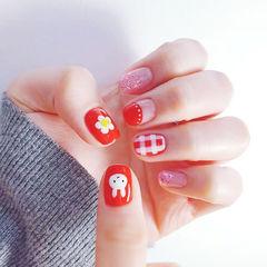 方圆形红色手绘兔子花朵格纹圆法式美甲图片