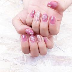 圆形粉色银色心形美甲图片