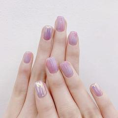 方圆形香芋紫色简约上班族美甲图片