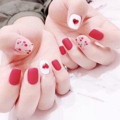 方圆形红色白色手绘樱桃钻心形磨砂美甲图片