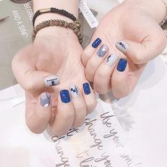 方圆形蓝色白色手绘短指甲全国连锁日式学校学美甲加微信:mjbyxs15美甲图片