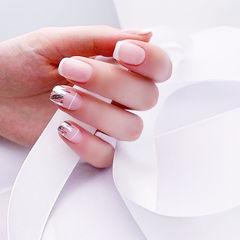 方圆形白色法式银箔美甲图片
