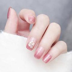 方圆形粉色渐变贝壳片美甲图片