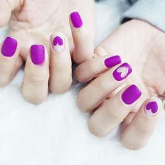 方圆形紫色心形磨砂美甲图片