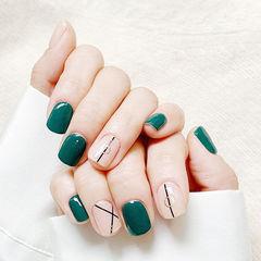 方圆形绿色裸色线条美甲图片