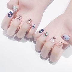 方圆形蓝色绿色粉色手绘韩式跳色可爱美甲图片