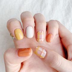 方圆形黄色橙色白色格纹跳色美甲图片