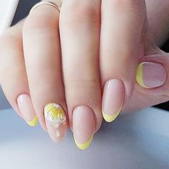 圆形黄色法式手绘柠檬全国连锁日式学校学美甲加微信:mjbyxs15美甲图片