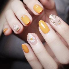 圆形黄色白色手绘雏菊全国连锁日式学校学美甲加微信:mjbyxs15美甲图片