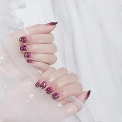 方圆形紫色渐变亮片美甲图片