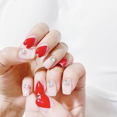 方圆形红色裸色心形钻美甲图片