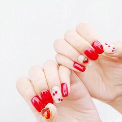方圆形红色白色水果樱桃钻美甲图片