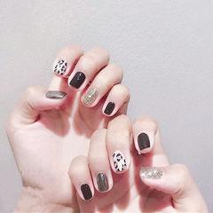 方圆形黑色白色银色手绘豹纹跳色美甲图片
