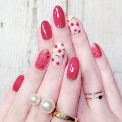 圆形红色手绘水果樱桃美甲图片
