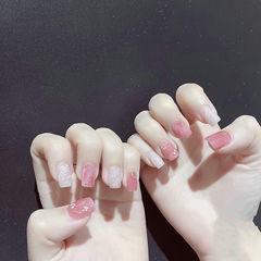 方圆形粉色白色晕染全国连锁日式学校学美甲加微信:mjbyxs15美甲图片