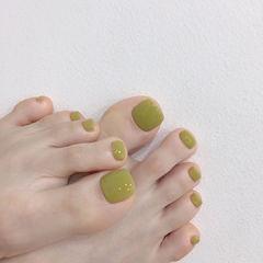 脚甲绿色美甲图片