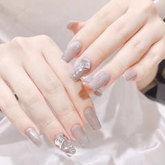 钻饰银色延长甲方形美甲图片