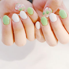 绿色可爱夏天美甲图片