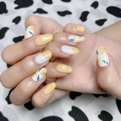 黄色夏天可爱美甲图片