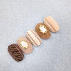 棕色裸色磨砂毛衣纹韩式美甲图片