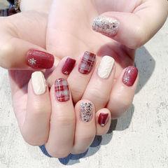 红色酒红色毛衣纹格纹磨砂美甲图片