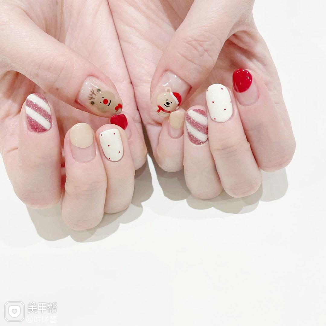 红色白色圣诞可爱美甲图片