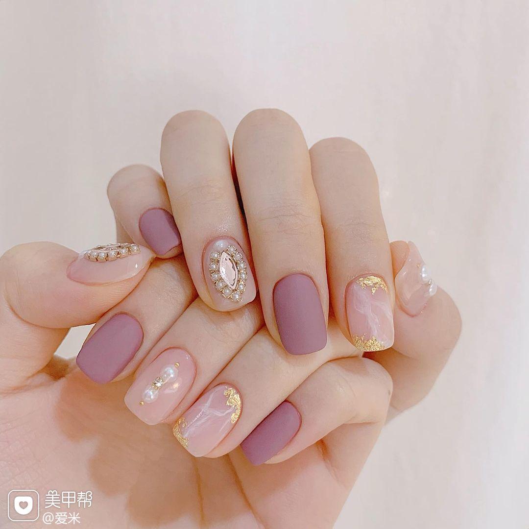 磨砂紫色香芋紫色美甲图片