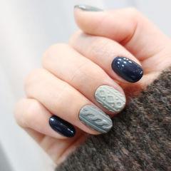 灰色蓝色毛衣纹磨砂美甲图片