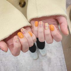 橙色格纹美甲图片