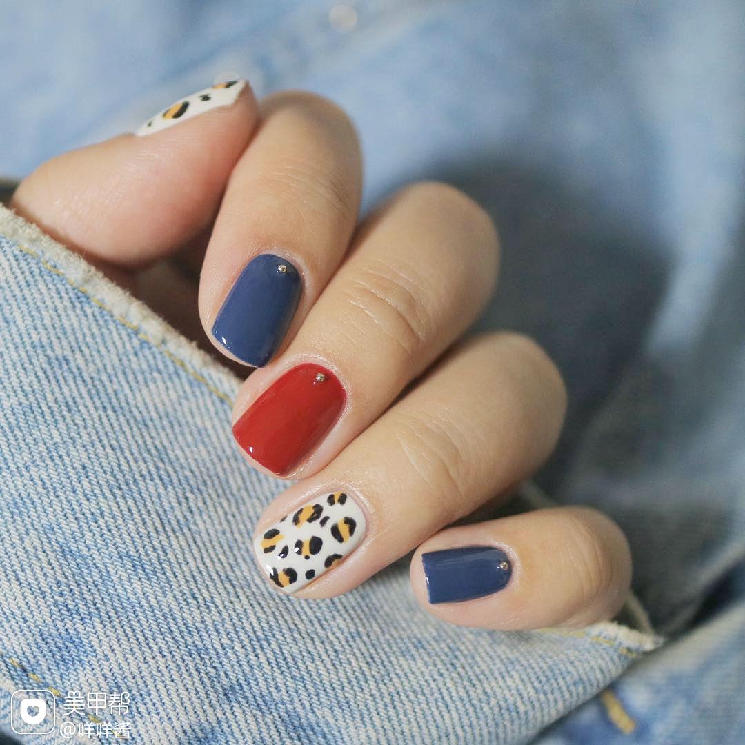 蓝色红色豹纹美甲图片