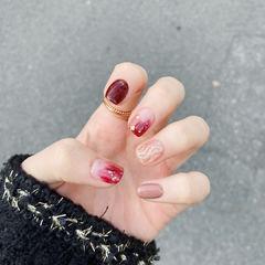红色晕染短指甲美甲图片