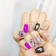 紫色黑色美甲图片