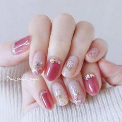粉色圣诞美甲图片