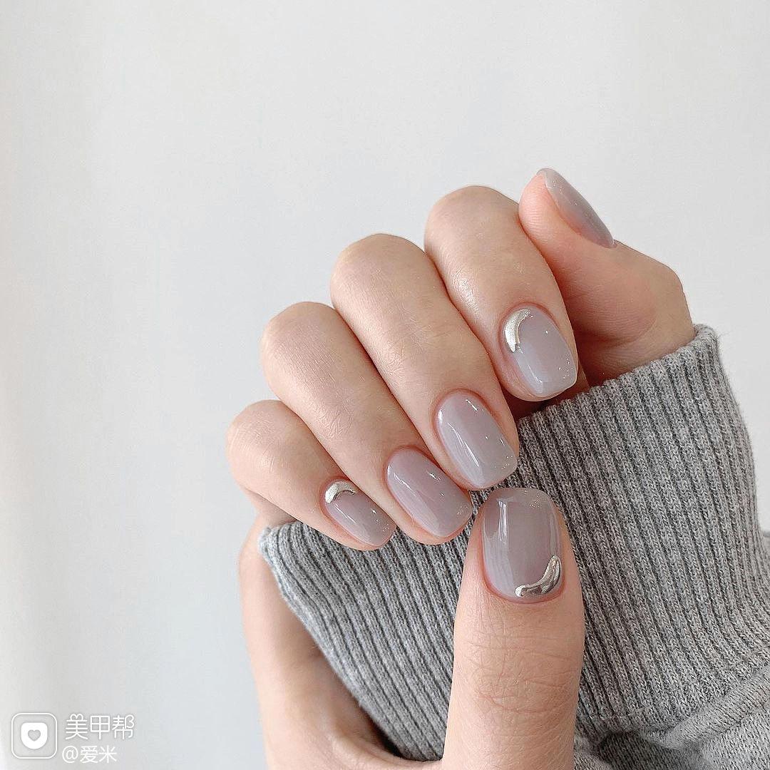 金属灰色美甲图片