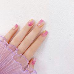 渐变粉色美甲图片
