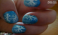 蓝色白色圆形手绘可爱002圣诞系列之雪花美甲美甲图片