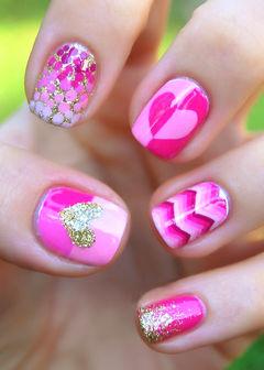 可爱方圆形银色粉色可爱粉色心 创意渐变条纹美甲图片