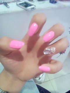 圆形银色粉色日式韩式风格美甲图片