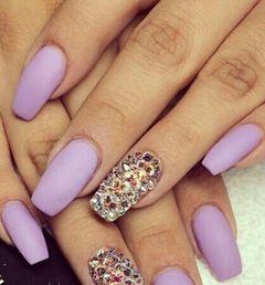 日式简约银色紫色方形磨砂紫美甲图片