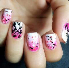 粉色渐变方圆形梦幻意境,渐变波点手绘叶子美甲美甲图片