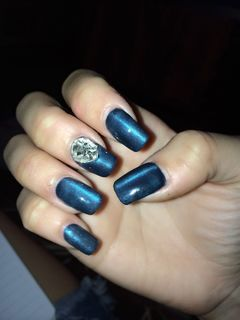 蓝色光疗简约方圆形猫眼蓝,简约设计。美甲图片