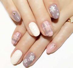 裸色粉色白色简约圆形优雅淑女款格纹雪花毛衣甲美甲图片