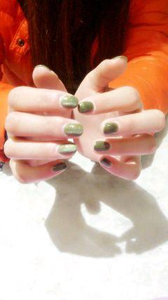 方圆形绿色简约猫眼甲美甲图片