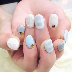 白色蓝色简约圆形小清新简约格纹毛衣款美甲图片
