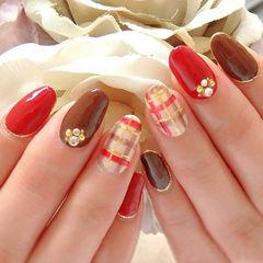 红色咖啡色日式圆形格纹日式新年款美甲图片
