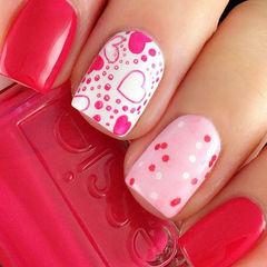 红色粉色简约方圆形爱心甜美情人节款美甲图片