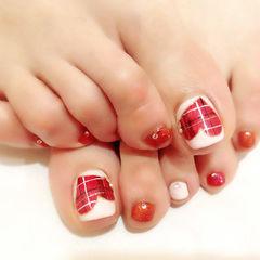 红色白色简约脚圆形格纹爱心足部款美甲图片