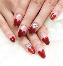 红色法式圆形酒红气质爱心法式美甲图片