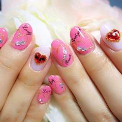 粉色日式圆形甜蜜粉嫩爱心款美甲图片