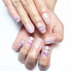 裸色粉色手绘方圆形简约质感小线条美甲图片